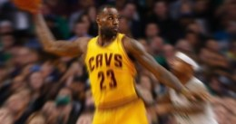 Triple-doble de LeBron en NY
