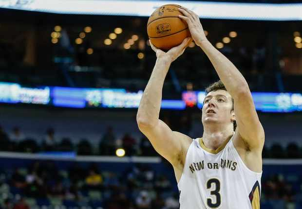 Oct 14, 2014; New Orleans, LA, USA; New Orleans Pelicans center Omer Asik (3) against the Houston Rockets during the first quarter of a game at the Smoothie King Center. Mandatory Credit: Derick E. Hingle-USA TODAY Sports