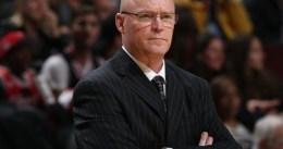 Scott Skiles dimite como técnico de Orlando