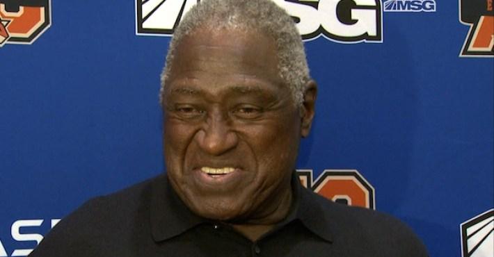 Willis Reed cree que Phil Jackson sería el técnico idóneo para los Knicks