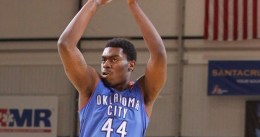 Dakari Johnson firma dos años garantizados con los Thunder