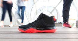 Las zapatillas de baloncesto, en problemas