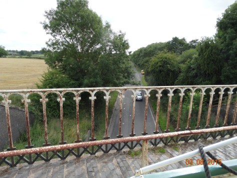 Stretton aqueduct, floating over the A5.