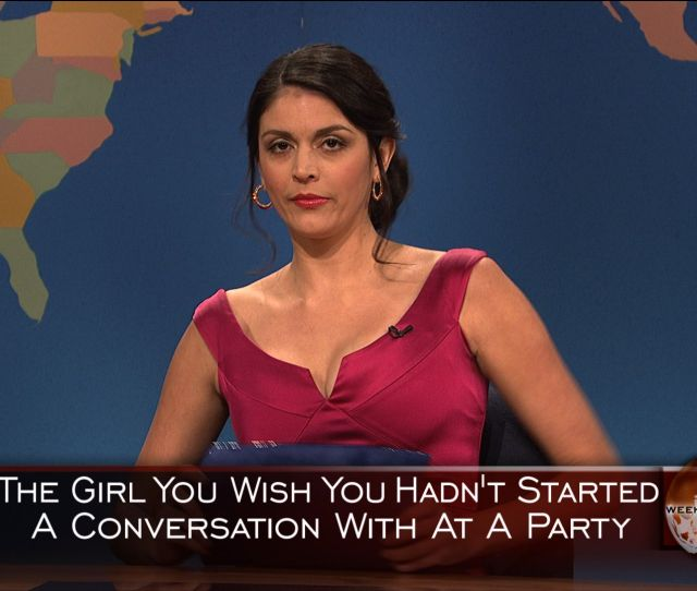 Watch Saturday Night Live Highlight Weekend Update Girl You Wish You Hadnt Started A Conversation With At A Party Christmas Nbc Com