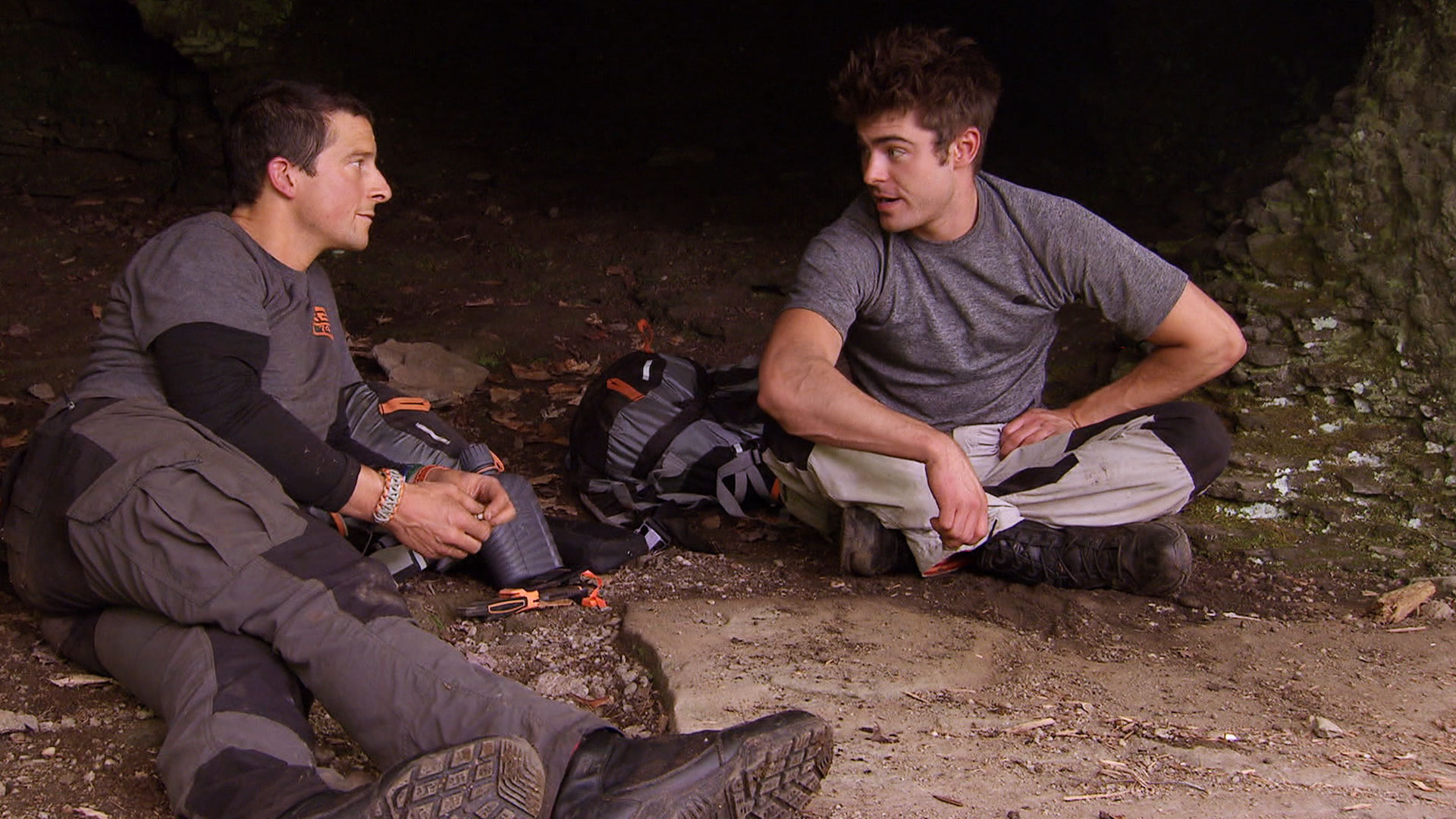 Running Wild With Bear Grylls Episode 1 Zac Efron Review F F Sports