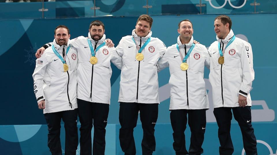 podium1_396592