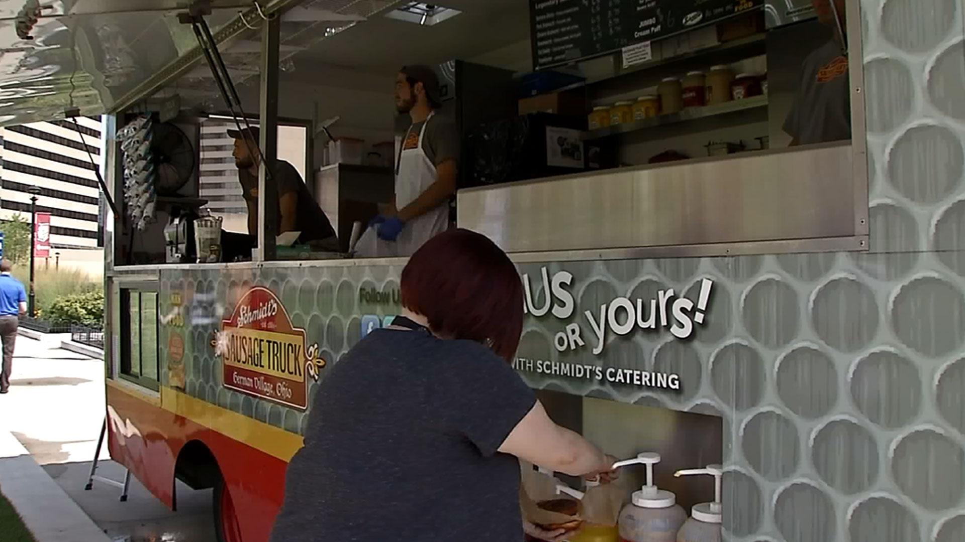 food-truck_1532885052348.jpg