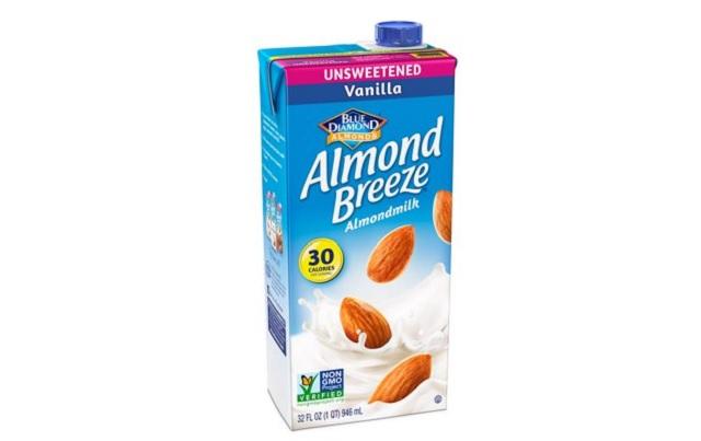 Almond Breeze milk_1533290406456.jpg-54729047.jpg