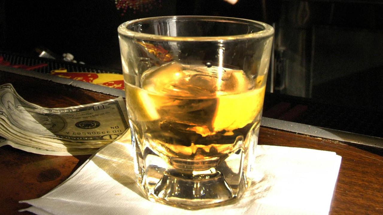 generic-bar-drinks-liquor-shot_200887