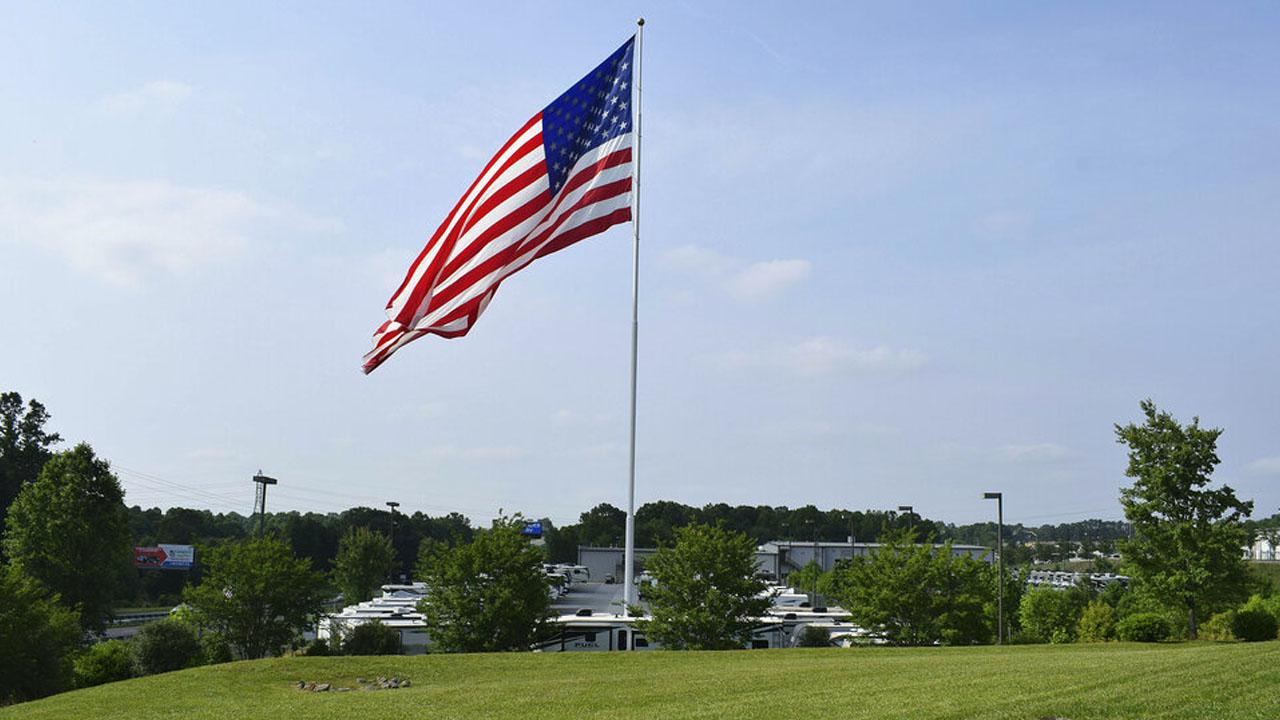 bigflag_1559180342123.jpg