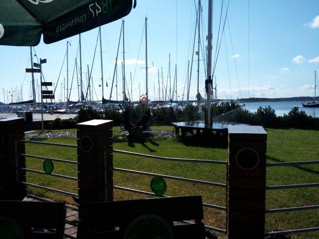 Der Biergarten am Yachthafen Danziger Bucht