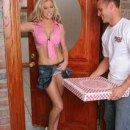 pizza_delivery_porn