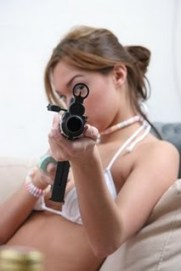 thai_women_guns