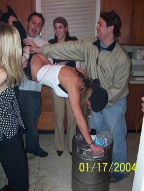drunk-girls-getting-pantsed-27