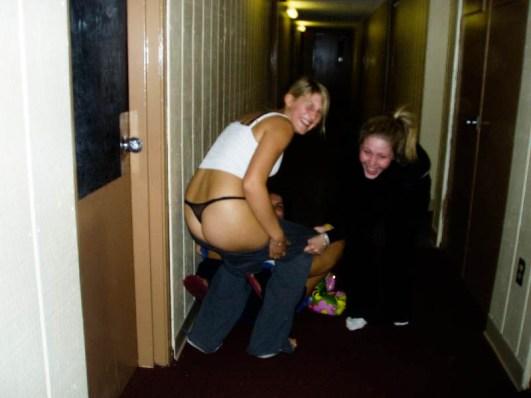 drunk-girls-getting-pantsed-64
