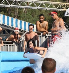 katy-perry-water-park