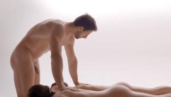 De prostaat is een klier en ligt onder de blaas en om de plasbuis van een man.