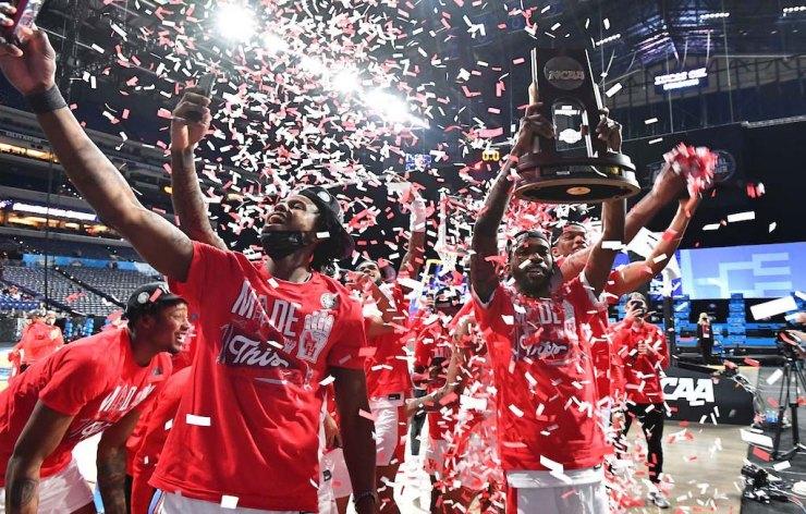 Houston beat Oregon State in the Elite Eight