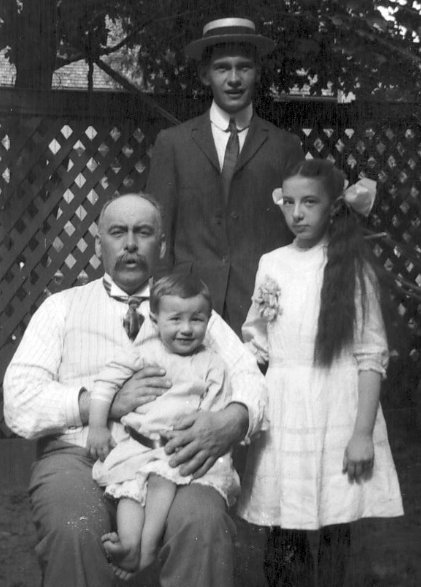 Doctor John Frederick HANLY and children, Almonte, Ontario, Canada