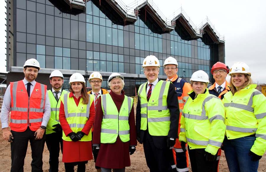 Transport-minister-visits-doncaster-campus