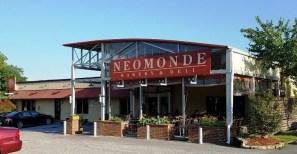 Front of Neomonde