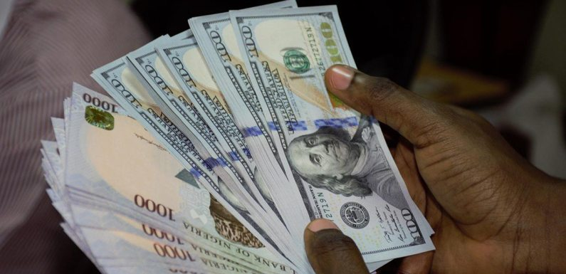 How Naira fared against dollar on Monday
