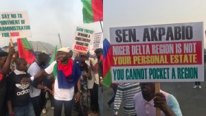 NDDC: Travellers stranded in East-West Road as group protests against Okon-Akwa, Akpabio
