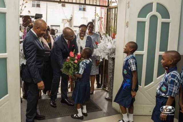 Pastor Ibiyeomie Donates A Public School In Rivers (Pictures) 9