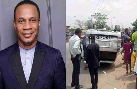 Top Akwa Ibom clergy, Rev Ntia Ntia escapes death in ghastly motor accident in Uyo (pics)