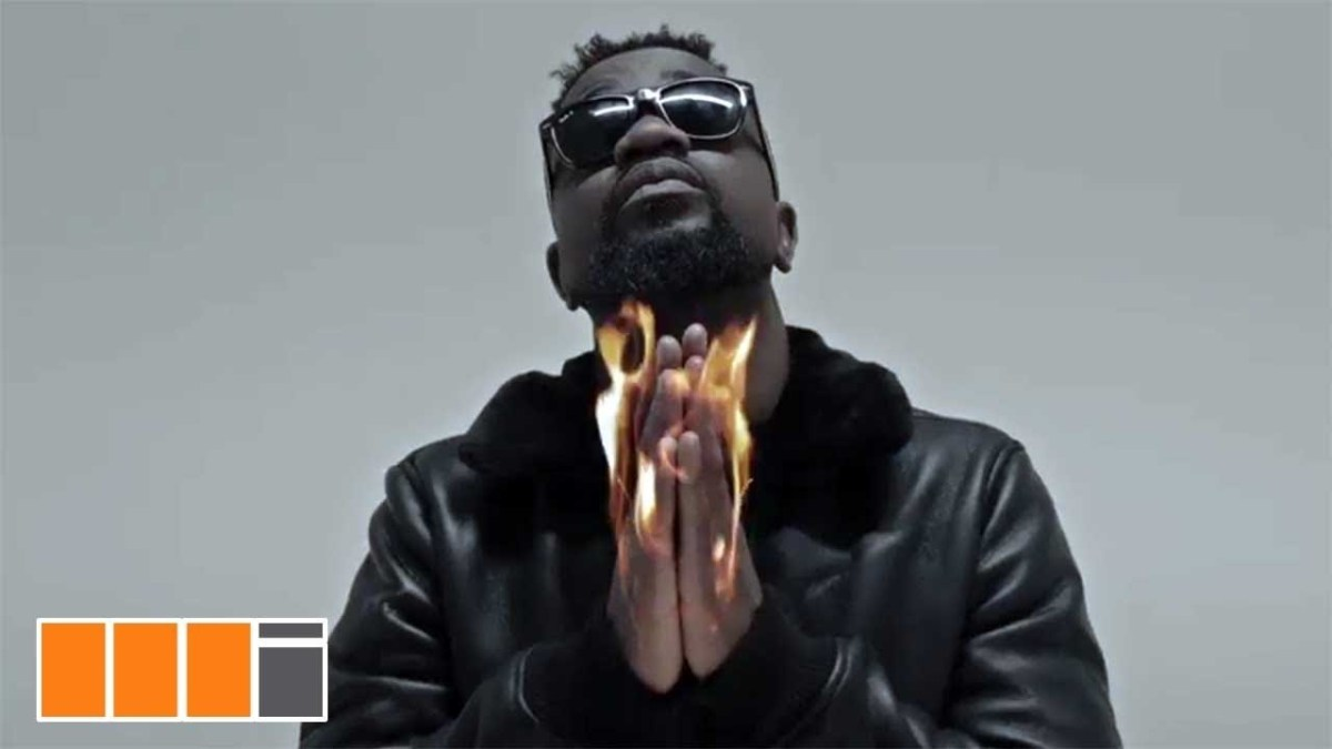 Sarkodie ft. Big Narstie x Jayso - Light It Up (Official Video)