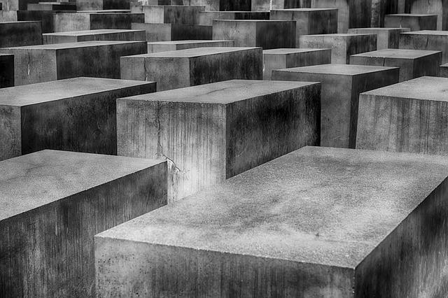 https://pixabay.com/en/holocaust-memorial-berlin-1621728/