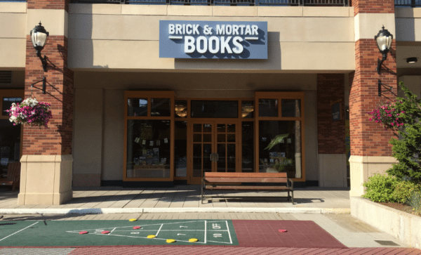 Facade of Brick & Mortar Books in Redmond Town Center.