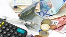 Στο τραπέζι το «κούρεμα» 5 φόρων – Οι παρεμβάσεις που θα δώσουν ανάσες στους πολίτες