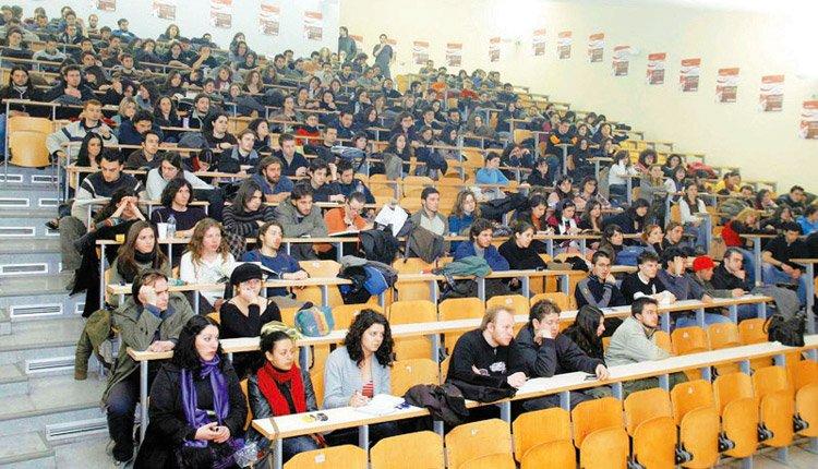 Ξεκινούν με self test οι εξετάσεις στα Πανεπιστήμια – Τι αλλάζει στα σχολεία