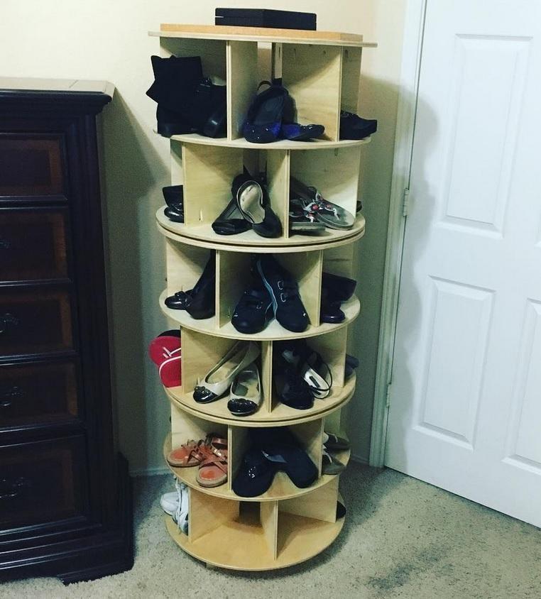 lazy-suzan-shoe-shelves