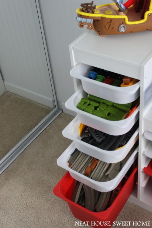 Organizing toys with the Ikea Trofast storage system