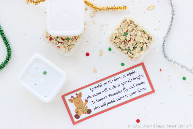 Magic reindeer food favors full tutorial and printable poem these magic reindeer food favors are easy to make and are the perfect takeaway for a forumfinder Images