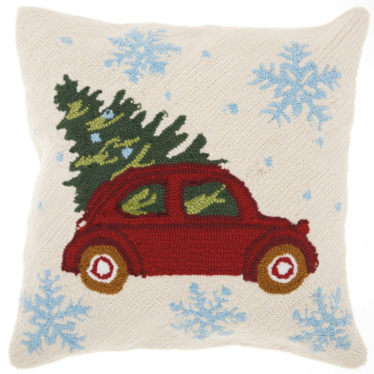 Rustic farmhouse, gold or copper, chicken wire or ceramic, deer antlers, buffalo print, and retro cars. This holiday gift guide has some of the best home decor gift ideas from Walmart!