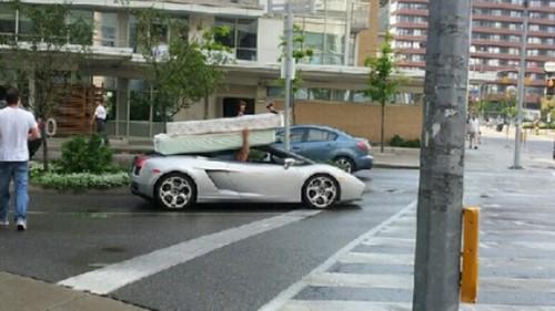 Lamborghini With A Mattress On Its Roof Neatorama