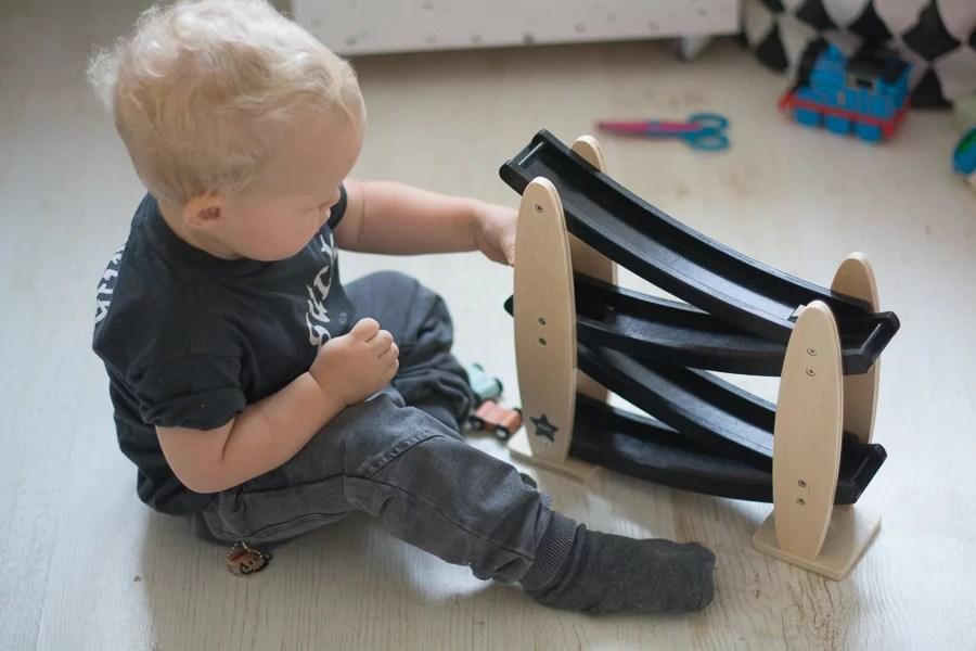 Zjeżdżalnia dla autek Kids concept