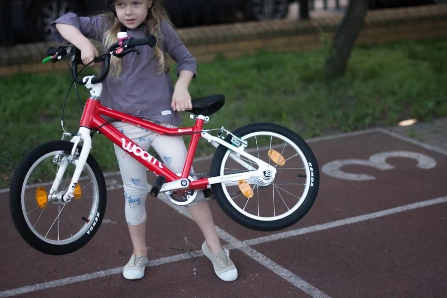 lekki rower dla dziecka - czerwony woom 3