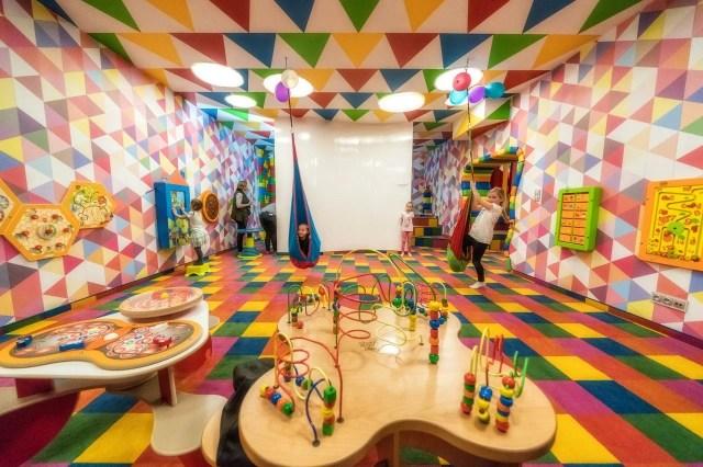 Hotel Stok - atrakcyjne miejsca dla dzieci - sala zabaw