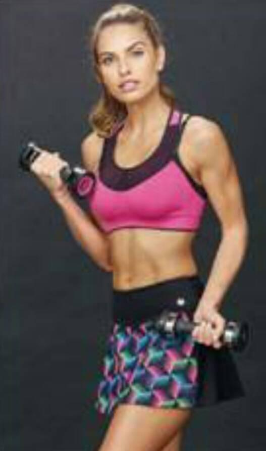 Necessaire da Diva photostudio_1489394439302 Linha Fitness da DeMillus. Moda  roupas para academia novidades linha fitness Fitnness Feminino DeMillus