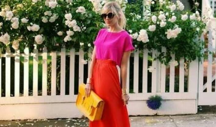 Necessaire da Diva photostudio_1505203611183 Rosa e vermelho: a nova tendência da moda. Moda  Vermelho e rosa na moda tendências da moda Rosa e vermelho na moda Rosa e vermelho NYFW moda Gigi Hadid no NYFW dicas de moda combinação rosa com vermelho Brandon Maxwell 2017