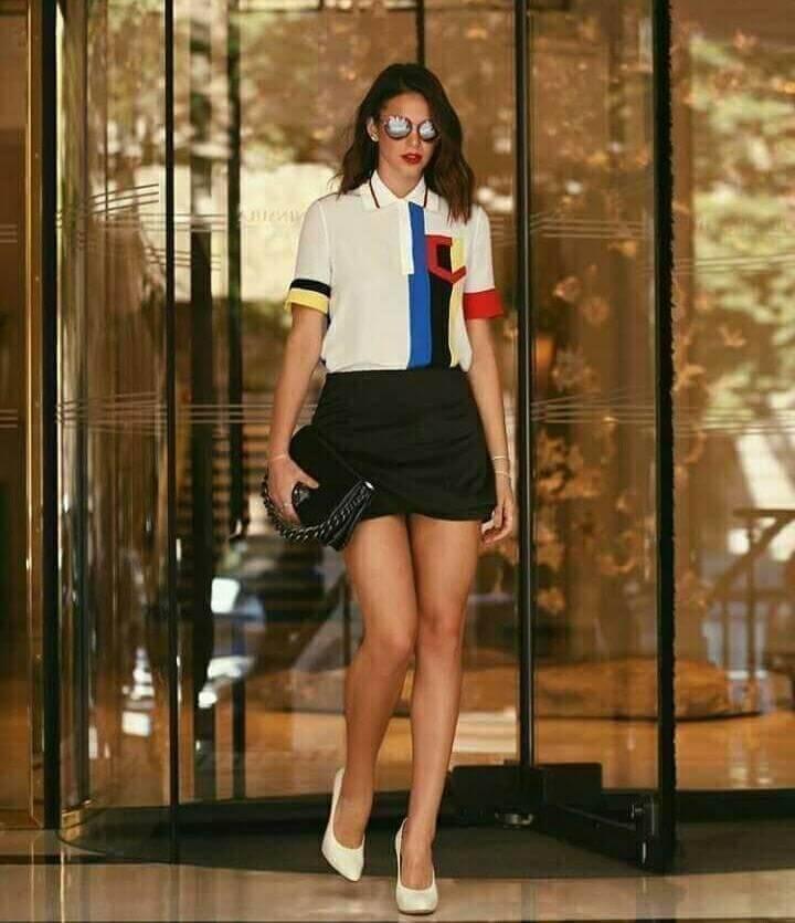 Necessaire da Diva 27072502_10155920592117319_6386304103176581165_n Looks de Bruna Marquezine para você copiar. Moda  Vestido de ano novo de Bruna Marquezine vestido branco de Bruna Marquezine roupas de Bruna Marquezine roupas moda maiô beijo de Bruna Marquezine maiô beijinho Missinclof maiô beijinho de Bruna Marquezine looks para você copiar looks de Bruna Marquezine Looks Instagram de Bruna Marquezine Celebridades Bruna Marquezine looks Bruna Marquezine 2018