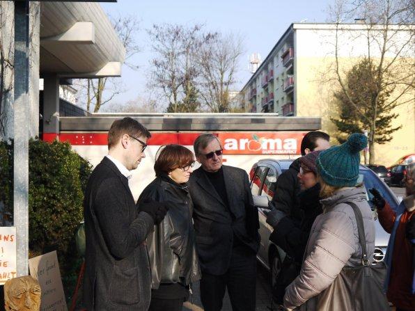 Von links: Unternehmenssprecher Christian Franke, Hauptabteilungsleiterin für Bauvorbereitungen Kersten Eberhard, Stadtrat und Aufsichtsratsmitglied Thomas Trüper | Foto: M. Schülke
