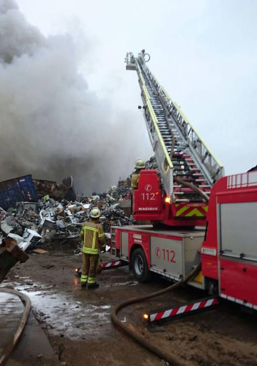 img 2476ed - Großbrand bei Recyclingunternehmen (Update)