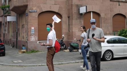 verkehrsversuch rundgang p1100097 - Fotostrecken: Hofflohmärkte und Aktionstag zur Aufenthaltsqualität im öffentlichen Raum