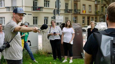 verkehrsversuch rundgang p1100108 - Fotostrecken: Hofflohmärkte und Aktionstag zur Aufenthaltsqualität im öffentlichen Raum