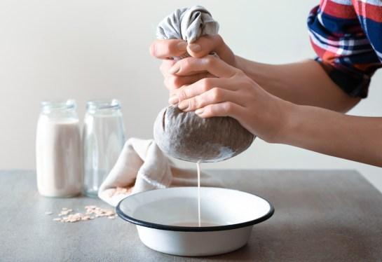 Nussmilchbeutel aus Leinen